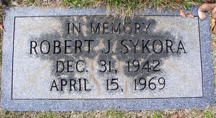 12-31-1942-ltjg-robert-j-sykora-ec-1211
