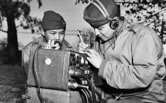 05-05-1942-navajo-code-talkers3