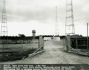03.15.53 NSGA Bainbridge Island WA Disestablished Antenna
